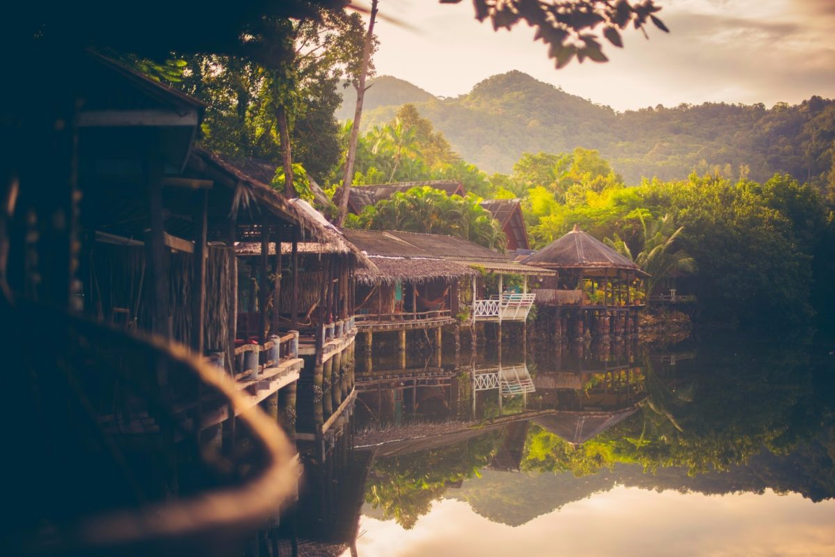 Traditional Thai Bungalows - Blue Lagoon Koh Chang
