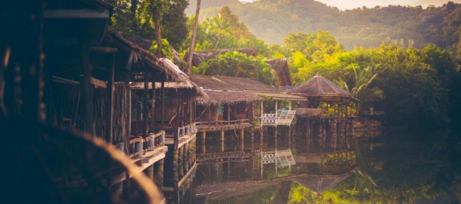 Traditional Thai Bungalows – Blue Lagoon Koh Chang